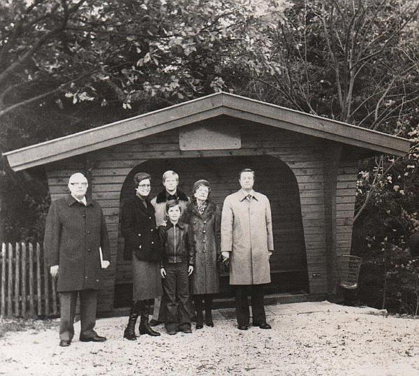 links Otto Stollberg ( Bruder v. Wilhelm Stollberg ) Erdmuthe Stollberg, Thorsten u. Arndt Stollberg ,Käthe Stollberg,Friedrich Wilhelm Stollberg